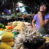 Phnom Penh: Fresh vegetables for sale at Central Market