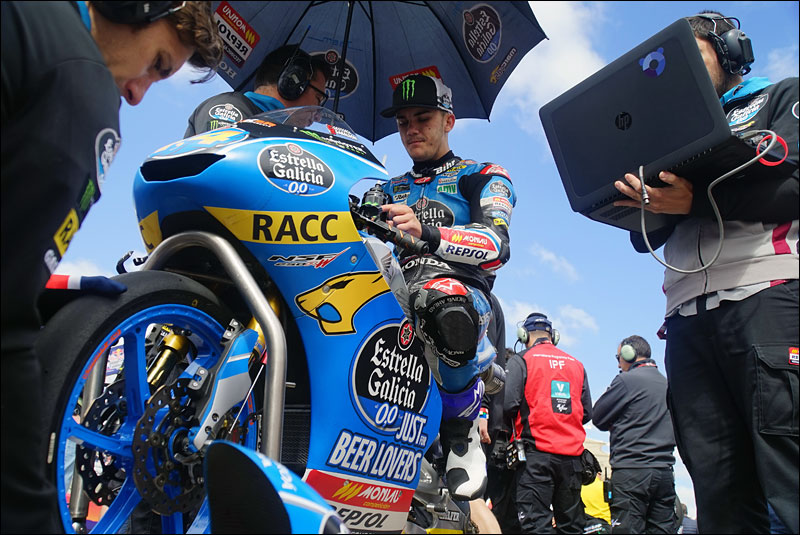 Spanish Moto3 rider Arón Canet readies himself before the MotoGP race at the 2018 Grand Prix of the Americas