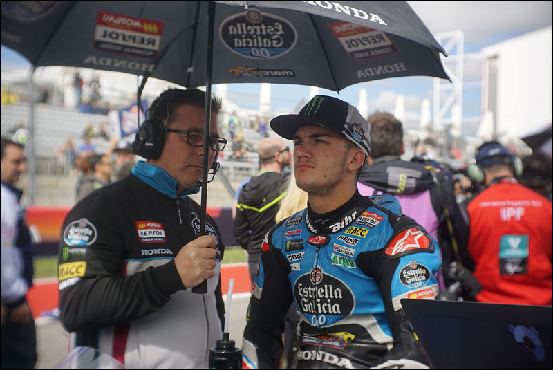 Spanish Moto3 rider Arón Canet readies himself before the race at the 2018 Grand Prix of the Americas